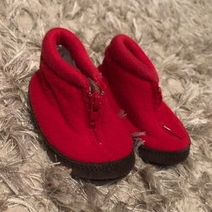 Red baby gap zip up shoes
